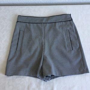 Zara high rise black white shorts